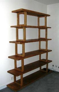 Biblioth?que Bois Massif Ikea : pour les supports. La totalit? est en bois massif. Finition : cire